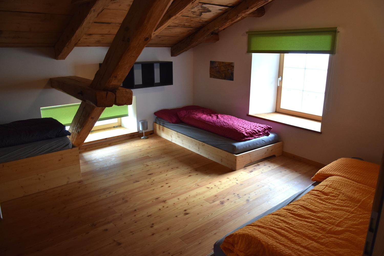 Wohnideen Drittes Zimmer die unterkunft chasa perspectiva